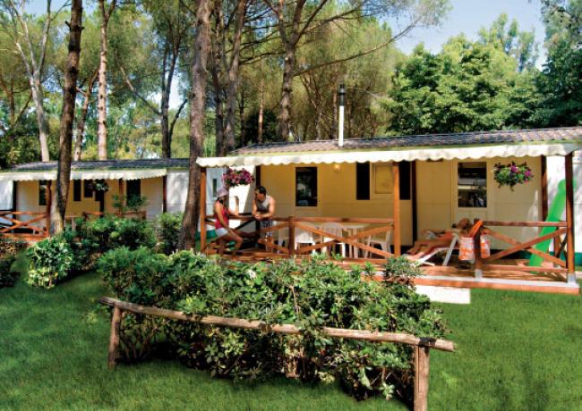 kampeerplaatsen-01-Baia_Domizia